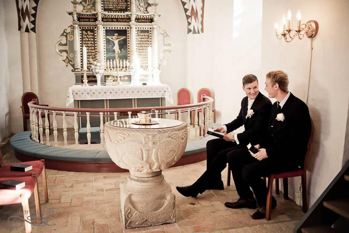 goedvad-kirke-bryllupsfoto-1-14