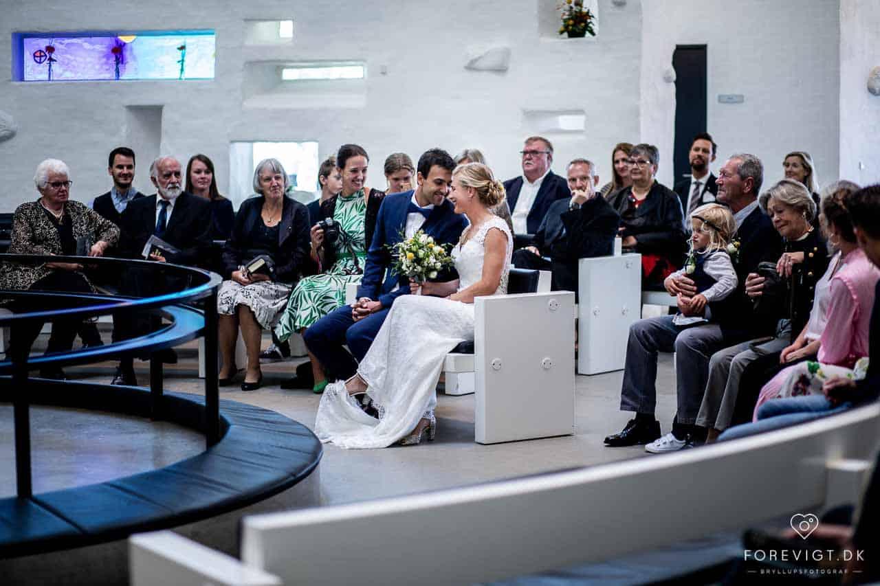 Billeder af Baunekirken bryllupper