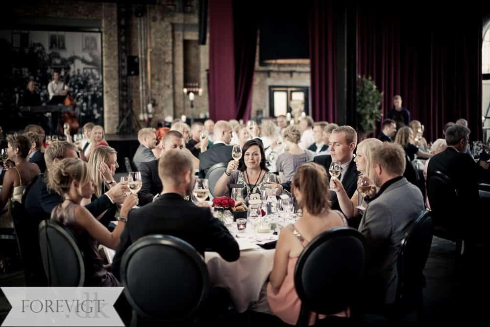 bryllupsfoto-194Aarhus_centralværkstedet