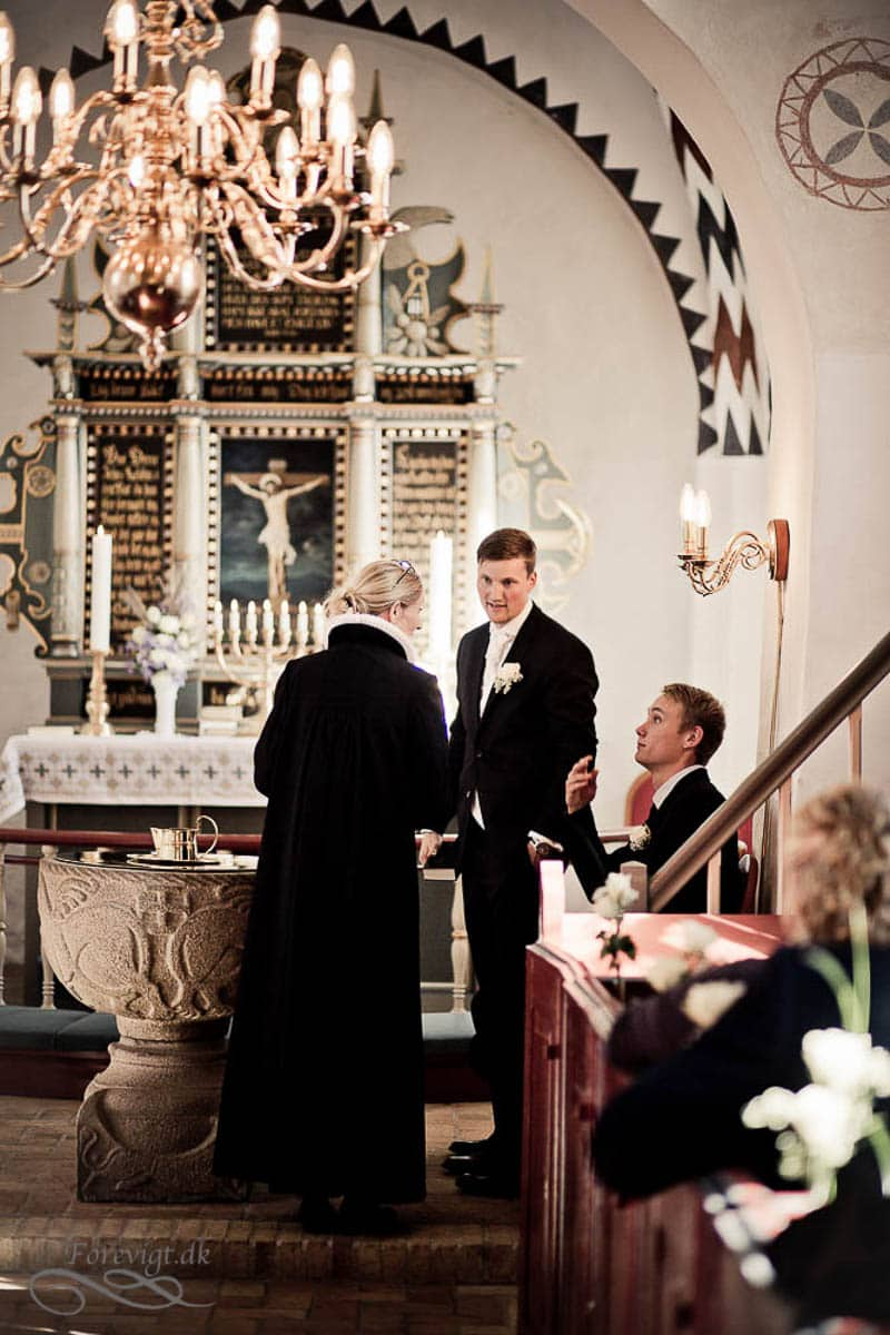 goedvad-kirke-bryllupsfoto-1-16