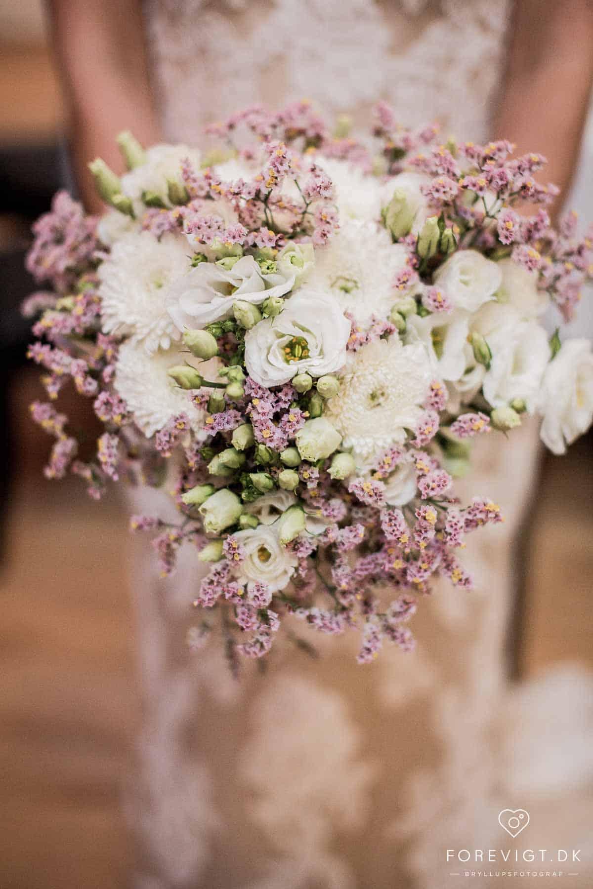Når I skal vælge jeres bryllupsfotograf, er det vigtigt at I ikke går på kompromis