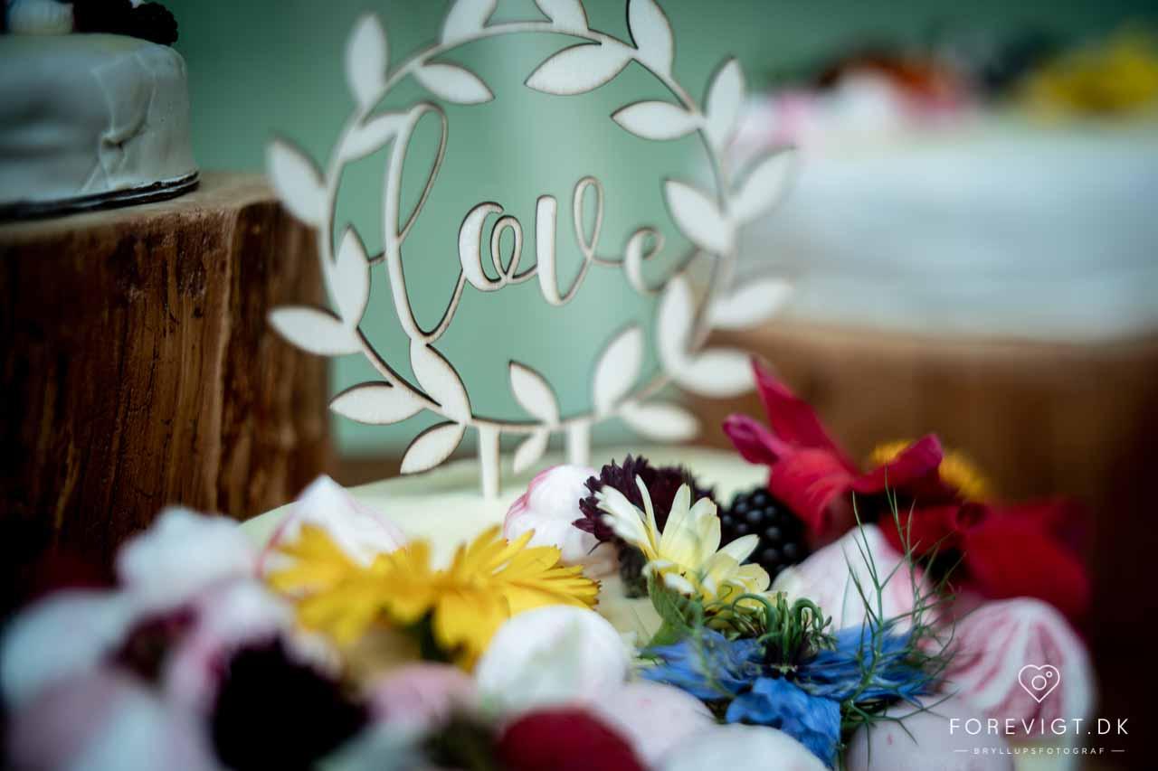 Autentisk Bryllupsfotograf | Tidløse & Forevigende Billeder