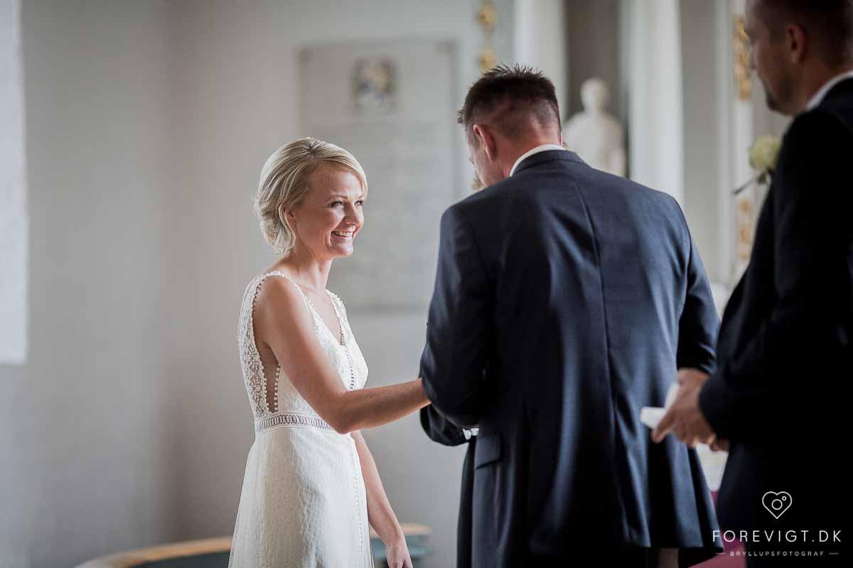Det store ja og bryllupskys