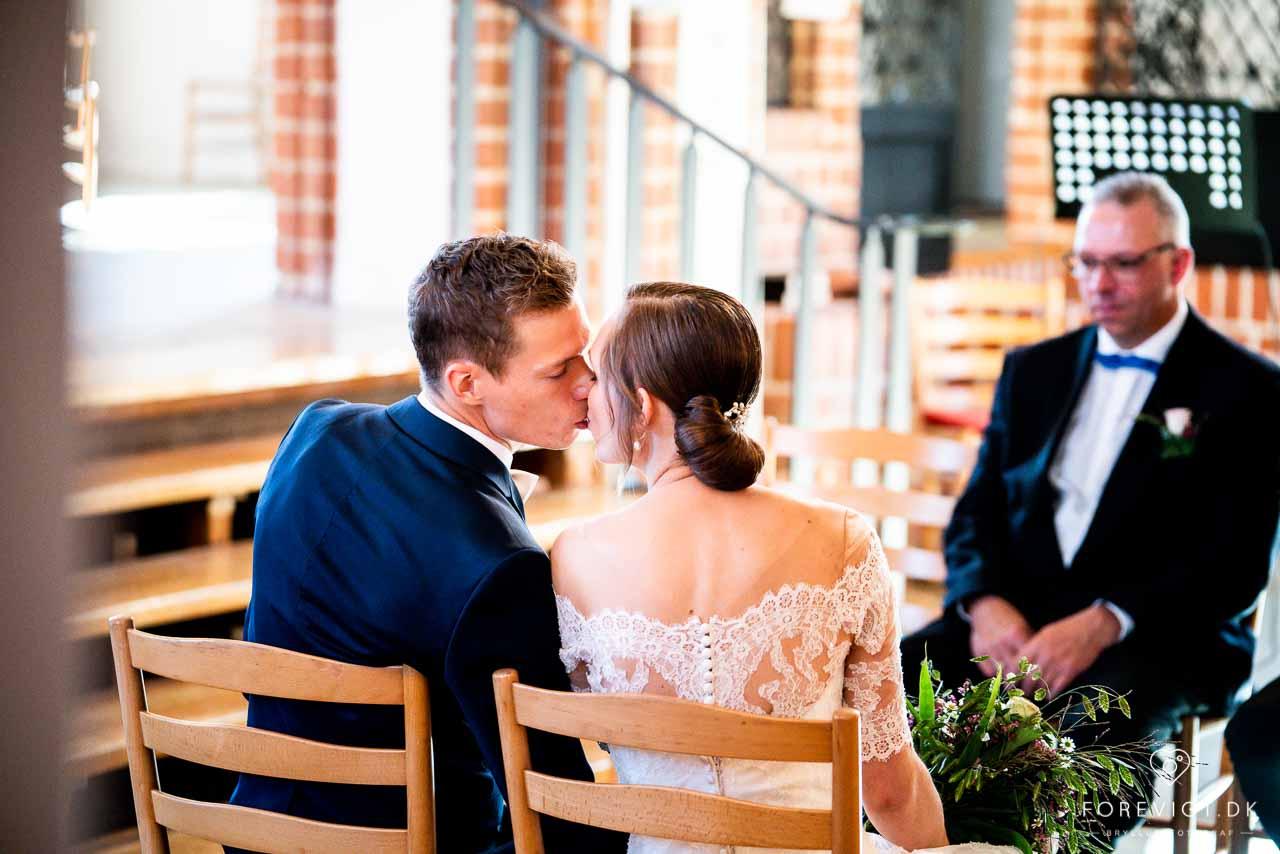 Intimt bryllup på Fyn - Real Wedding/ Rigtige bryllupper fra ...