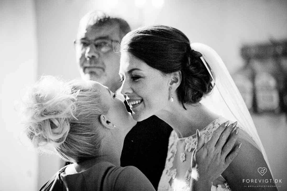 Professionel bryllupsfotograf Århus til professionelle bryllupsfoto