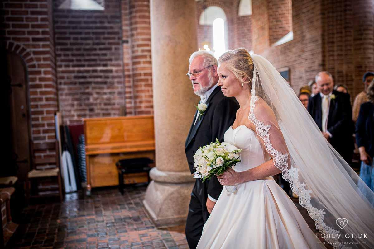 lokaler til bryllup sjælland   Bryllupsfoto, Kjole bryllup og Bryllup