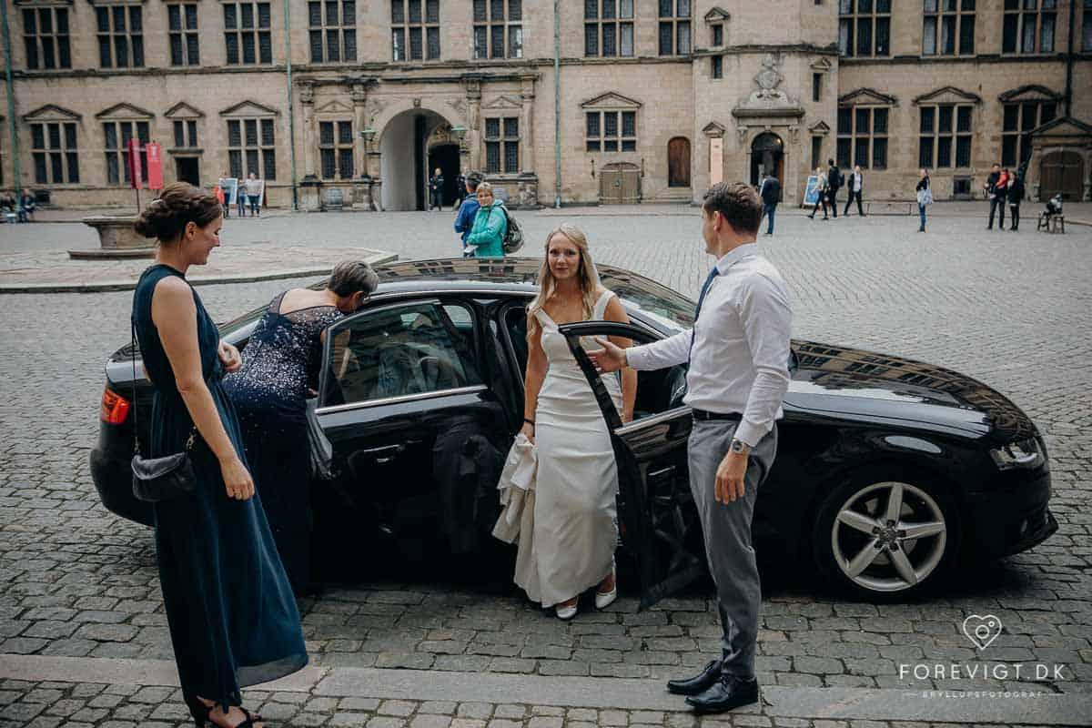 Se flere bryllupsbilleder her