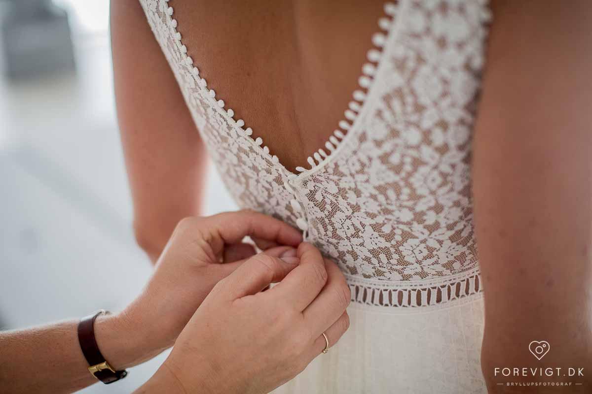 Hold bryllup i Odense i smukke og historiske selskabslokaler perfekt til jeres store dag.